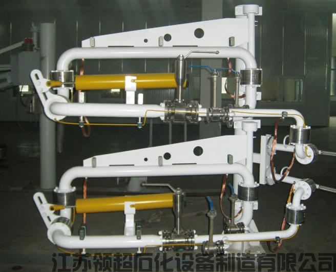 新疆阿克苏客户定制采购的一批乙烯低温装卸臂(低温鹤管)已通过物流发往使用现场(图1)